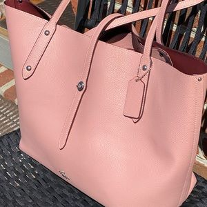 Coach tote rose gold color